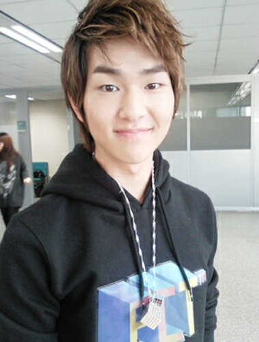 Onew: SHINee ME2Day – Onew (19Jan)